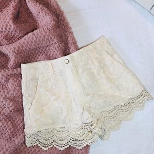 Anthropologie lace off-white shorts